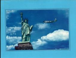PAN AMERICAN - UNITED STATES - Standing In The Middle Of The New York Harbor, The Statue Of Liberty - 2 Scans - Aviación