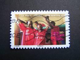 OBLITERE FRANCE ANNEE 2010 N° 420 CONTRE LES VIOLENCES FAITES AUX FEMMES FILLETTES AVEC TEE SHIRTS STOP FGM - France