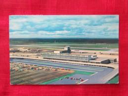 Montreal Aeroport International De MONTREAL Timbré 1967 - Aerodrome