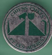 47579- Pin's.Chiens Chats Et Les Autres Montreuil Matériel Pour Animalerie . - Animaux