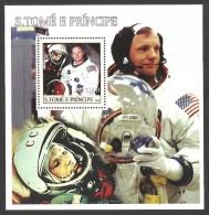 ST THOMAS AND PRINCE 2003 SPACE USA ASTRONAUTS NEIL ARMSTRONG M/SHEET MNH - Sao Tome And Principe