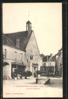 CPA Les-Aix-d'Angillon, Ancien Hospice Et Rue Du Commerce - Les Aix-d'Angillon