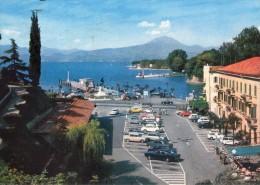 P3338 PESCHIERA DEL GARDA ( Verona ) Piazza E Molo - RENAULT FIAT ALFA - Auto Cars Voitures - Viaggiata 1977 - Italia