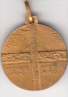 Medaglia In Bronzo, Al Verso ' Nuovo Circolo Con Fascio Littorio 1901 - 1926. Al Retro Quadrifoglio. - Altri