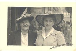 Photo Carte - Buste De Deux Dames En Chapeau - Mode  - Liège +/- 1935..40 (1887)b178 - Mode