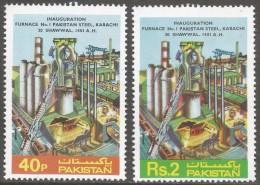 Pakistan. 1981 1st Firing Of Pakistan Steel Furnace No 1. MNH Complete Set. SG 570-571 - Pakistan