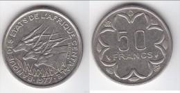 **** GABON - AFRIQUE CENTRALE - CENTRAL AFRICAN STATES - 50 FRANCS 1977 D **** EN ACHAT IMMEDIAT !!! - Gabon
