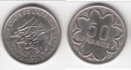 QUALITE **** GABON - AFRIQUE CENTRALE - CENTRAL AFRICAN STATES - 50 FRANCS 1977 D **** EN ACHAT IMMEDIAT !!! - Gabon