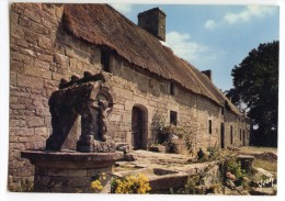 Chaumières Bretonnes - Puits Sculpté - écrite Non Timbrée - 2 Scans - Bretagne