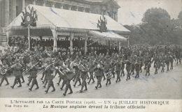GUERRE 1914-18 - L´ACTUALITÉ PAR LA CARTE POSTALE (1916) - Un 14 Juillet Historique - La Musique Anglaise Devant La ... - Oorlog 1914-18