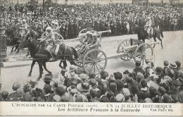 GUERRE 1914-18 - L´ACTUALITÉ PAR LA CARTE POSTALE (1916) - Un 14 Juillet Historique - Les Artilleurs Français à La ... - Oorlog 1914-18