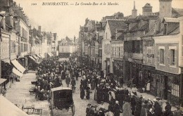 511Cc  41 Romorantin Le Marché Dans La Grande Rue - Romorantin