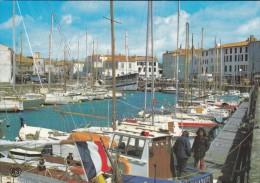 17---ILE DE RE---SAINT MARTIN DE RE---le Port Et Le Bassin à Flot---voir 2 Scans - Ile De Ré