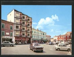 Cartolina Cervignano Del Friuli, Piazza Unità - Autres Villes