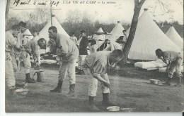 La Vie Au Camp La Toilette - Régiments