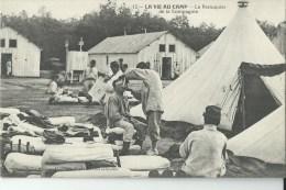 La Vie Au Camp Le Perruquier - Régiments