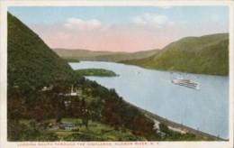 USA - Cartolina Antica LOOKING SOUTH THROUGH THE HIGHLANDS, HUDSON RIVER N. Y. - OTTIMA L55 - Hudson River