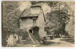 VERSAILLES - Hameau De Marie-Antoinette - Le Moulin - CPA Non écrite - 2 Scans - Versailles