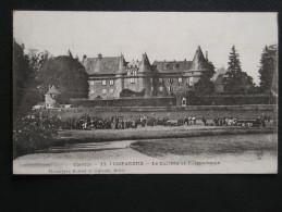 CPA - 19 - POMPADOUR - LE CHATEAU ET L'HIPPODROME - Arnac Pompadour