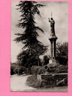 LE CHAMP SAINT PERE LE CALVAIRE DU SACRE COEUR - Frankrijk