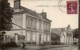 36 - LEVROUX - école Des Filles - France
