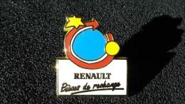 RENAULT . PIECES DE RECHANGE . PIN'S ARTHUS BERTRAND - Renault