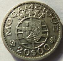 PORTUGAL -Mozambique - 20 Escudos 1952 SILVER  COIN  Used  -- 2 Scans - Portogallo