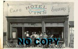 12. AVEYRON - SALLES-CURAN. Hôtel Café Cambefort. Carte-photo. - Andere Gemeenten