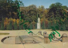 Compiègne, , La Statue Du Marechal Foch,  Um 1970 - Monuments