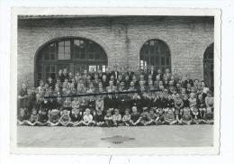 Photo De Classe - Ecole - à Identifier Qui était Avec Des Cartes De Lille - Ecrit Au Verso Lille - 15 Juillet 1944 - Photos