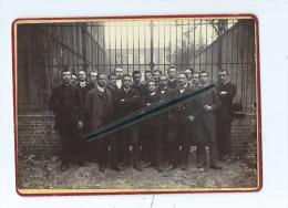 Photo De Classe Collée Sur Carton à Identifier Qui était Avec Des Cartes De Lille -Ecrit Au Verso Lycée Faidherbe Lille - Photographs