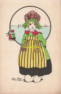 CPA COLLAGE DE TIMBRES FILLE ** STAMP CUT ART CHILD GIRL - Timbres (représentations)