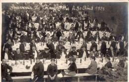 """CHAUFFAILLES - Carte Photo """"Souvenir De Chauffailles 30 Août 1925"""" (banquet Avec Des Militaires) - Francia"""