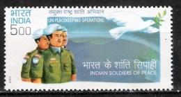 # Inde 2004 Mi N° 2053 (**) - India
