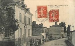 """.CPA FRANCE 85 """" La Jaudonnière, La Grande Rue"""" - France"""