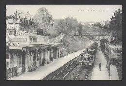 DF / 92 HAUTS DE SEINE / VILLE D'AVRAY / CHEMIN DE FER / LE TRAIN EN GARE - Stations With Trains