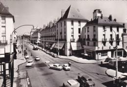 TOURS (37) - La Rue Nationale (automobiles DS, 403, Dauphine ...) - Tours