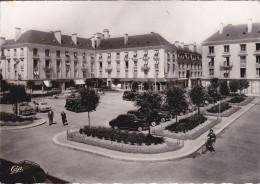 TOURS (37) - Place De La Résistance (automobiles) - Tours