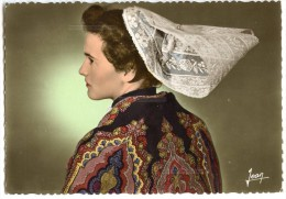 La Bretagne - Jeune Fille En Costume De Fête De Paimpol Et Des Environs - Dentelée écrite Et Timbrée - 2 Scans - Paimpol