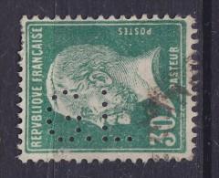 """France Perfin Perforé Lochung """"G.L."""" Gallerie Lafayette 30 C. Pasteur (2 Scans) - Perforés"""