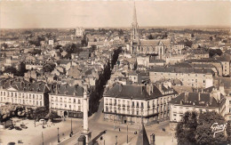 NANTES  -  Place Maréchal Foch ( Vue Semi Aérienne Des Années 50/60 ) - Nantes