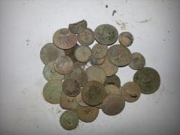Lots Important De Diverse Bouton Romain Et Napoleon Objet Antique Romain - Archeologie