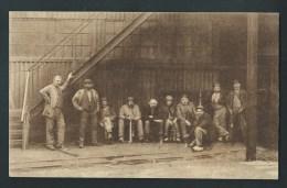 Mines, Mineurs, Charbonnages. Charbonnage. Groupe D´ouvriers Avec Lampes,attendant Le Moment De Descente Dans La Mine. - Mines
