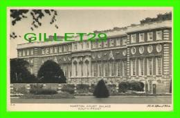 LONDON BOROUGH OF RICHMOND UPON THAMES. UK - HAMPTON COURT PALACE, SOUTH FRONT - - Autres