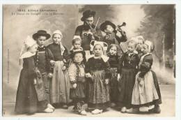 CPA FINISTERE - 29 - Scènes Enfantines - La Danse Du Stoupie - France