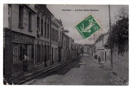CPA - CONCHES - LA RUE SAINT-ETIENNE - CAFE SAINT-ETIENNE - Petite Animation - N/b - Vernis - 1908 - - Conches-en-Ouche