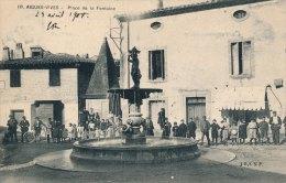 30 - AIGUES-VIVES - Gard - Place De La Fontaine - Aigues-Vives