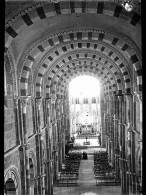 V0148 - YONNE - Abbaye De VEZELAY - Plaques De Verre