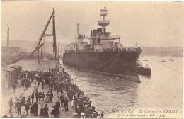 """LE CUIRASSE """"VERITE"""" Après Le Lancement Dans Le Port De BORDEAUX (33) En 1907 - Guerre"""