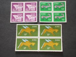 IRLANDA - 1977 PITTORICA 3 Valori - NUOVI(++) - 1949-... Repubblica D'Irlanda